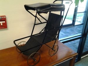 antique buggy 2